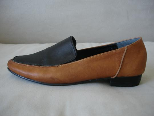 Other Loafer Loafer Menswear-inspired Menswear Inspired camel and black Flats Image 1