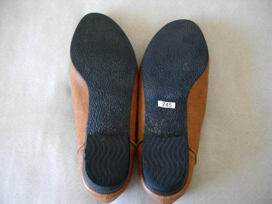 Other Loafer Loafer Menswear-inspired Menswear Inspired camel and black Flats Image 3