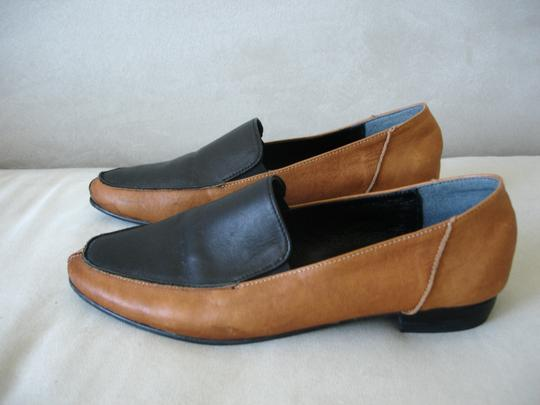 Other Loafer Loafer Menswear-inspired Menswear Inspired camel and black Flats Image 4