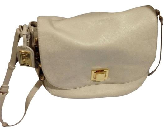 Preload https://item2.tradesy.com/images/badgley-mischka-ivory-leather-cross-body-bag-1163336-0-0.jpg?width=440&height=440