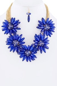 Unknown Chunky Royal Blue Flower Collar Statement Necklace Set