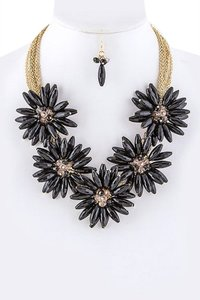 Unknown Chunky Black Flower Collar Statement Necklace Set