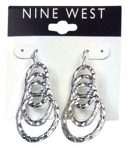 Nine West Earrings Shinny Silver Cascading Hammered Hoops Drop 60303967 New