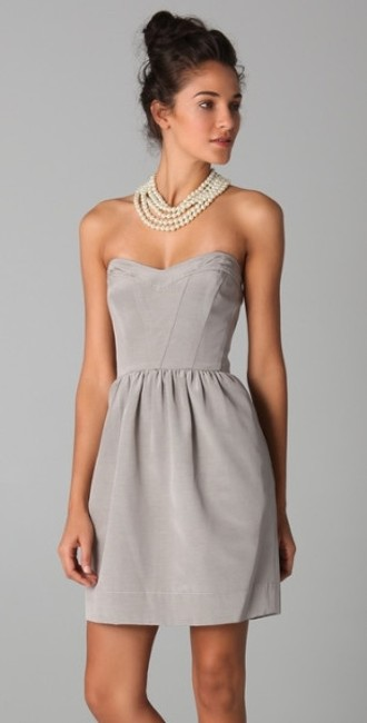 Item - Grey Faille. Sweetheart Strapless Modern Bridesmaid/Mob Dress Size 4 (S)