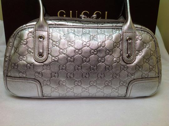 Gucci Hobo Satchel Zip Metallic Leather Gold Gunmetal Gray Gg Lv Louis Vuitton Mirror Chain Bowler Cc Hermes Versace Cavalli Shoulder Bag
