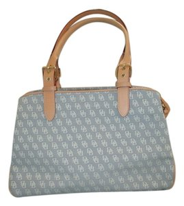 Dooney & Bourke Tote in Light Grey Monogram