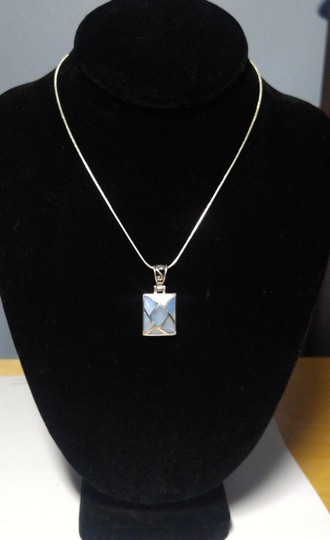 Other Sterling Silver Shell Pendant Necklace 18 in. A102 Image 1