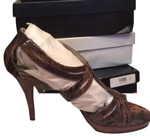 Style & Co Dark Brown Snake Pumps