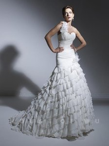House Of Wu 19909 Wedding Dress