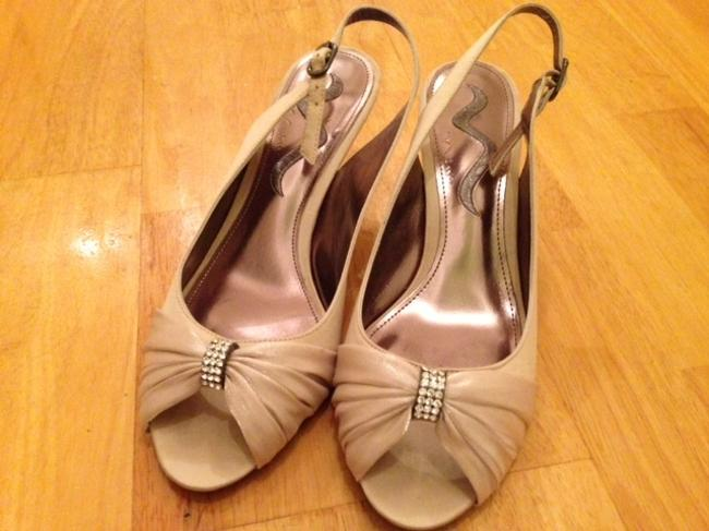 Item - Champagne Sand Taupe Formal Size US 8