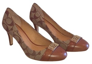 Coach Khaki/Cinnamon Pumps