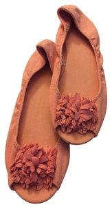 New York & Company Open Pink Flats