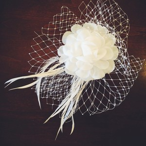 Other Flower Headpiece With Feathers