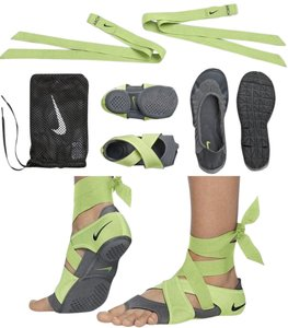 Nike Black/Grey/Lime Athletic