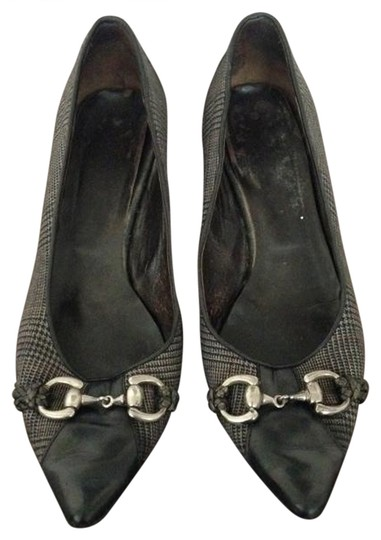 Vero Cudio Gray Houndstooth Pumps