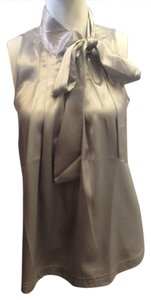 Newport News Flowing Shirt Sleeveless Bow Sukey Pleated Women's Size 6 Top Silver