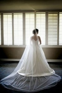 Ivory Veil With Silk Edge
