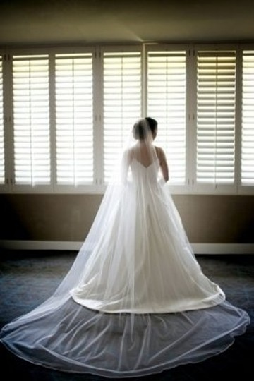Ivory Long With Silk Edge Bridal Veil