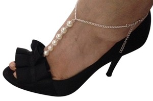 Other NEW ANKLET with a pearl