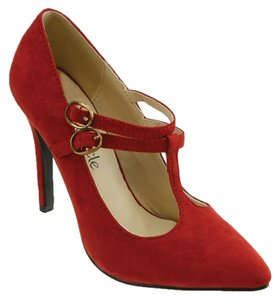 Red Circle Footwear Red Pumps