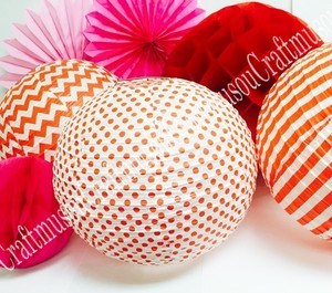 Red Combination Round Hanging Decoration Paper Lantern Fan Honeycomb In Assorted Patterns.