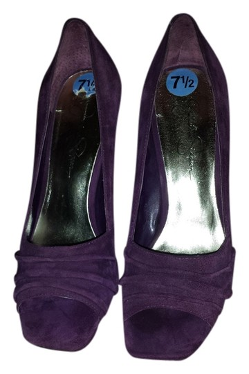 Jessica Simpson purple Pumps