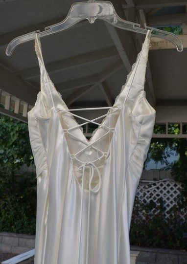 Ignite Evenings by Carol Lin White Wedding Dress Size 4 (S)