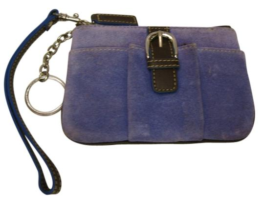 Preload https://img-static.tradesy.com/item/11679487/levenger-periwinkle-suede-leather-wristlet-keychain-wallet-0-1-540-540.jpg