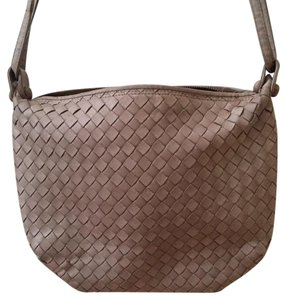 Bottega Veneta Woven Intreacciato Bv Shoulder Bag