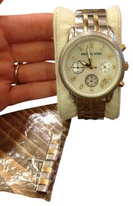 Michael Kors Michael Kors Two Toned Silver Gold Watch Pearl Face with all links.