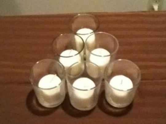Preload https://item2.tradesy.com/images/ivory-glass-votive-candle-holders-wcandles-116836-0-0.jpg?width=440&height=440