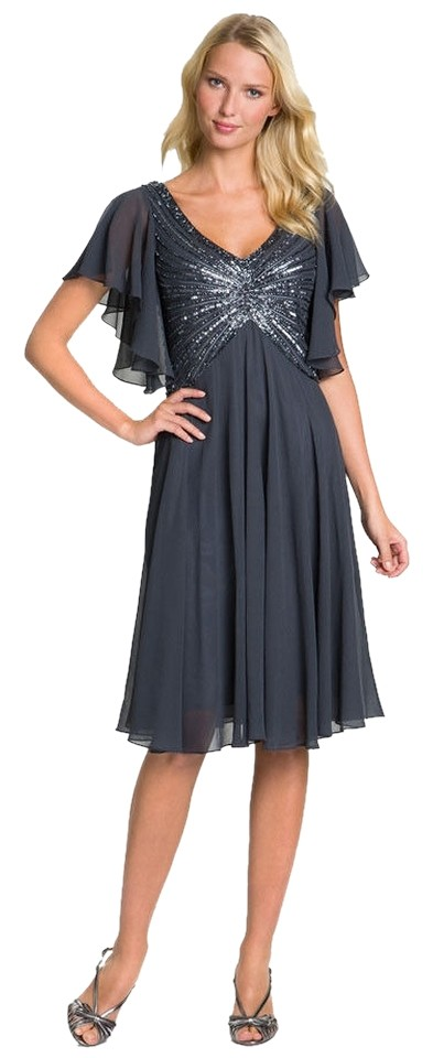 JKara Gray Beaded Flutter Sleeve Plus Knee Length Formal Dress Size 14 (L)  61% off retail
