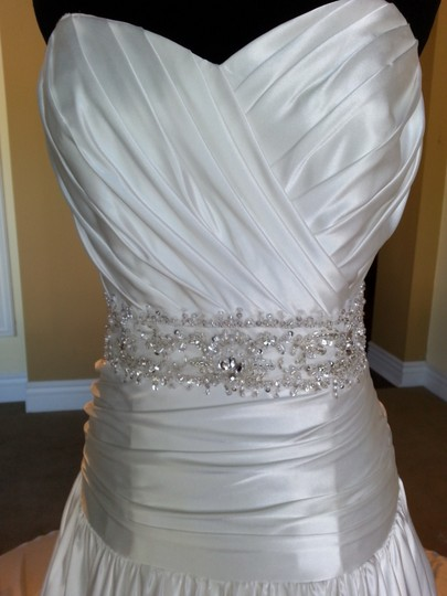 Mori Lee Ivory Satin 1661 Formal Wedding Dress Size 10 (M)