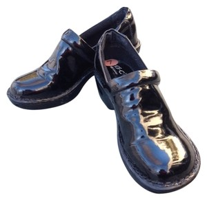 B.O.C. New black patent leather Mules