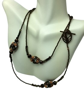 Artistry Black Rose Carved Stoned Necklace
