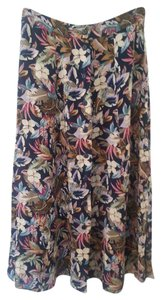 Sag Harbor Pencil Skirt Multi-colored floral design