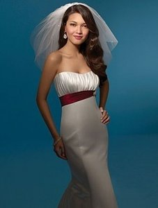 Alfred Angelo 2053 Wedding Dress
