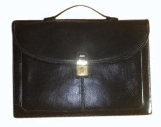 Preload https://item1.tradesy.com/images/bally-briefcase-black-leather-laptop-bag-11695-0-0.jpg?width=440&height=440