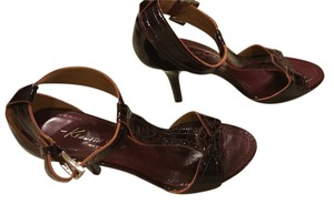 Kenneth Cole Wine Red Sandals