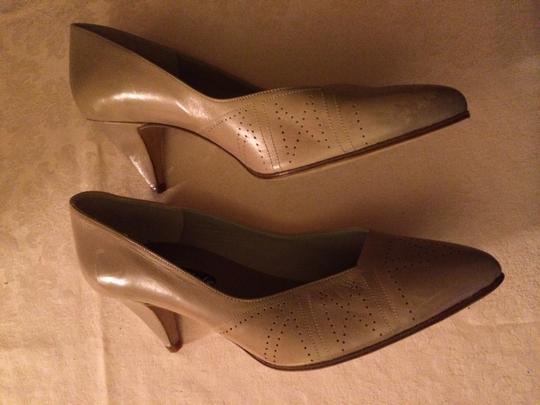 Nickels Leather Nude Pumps