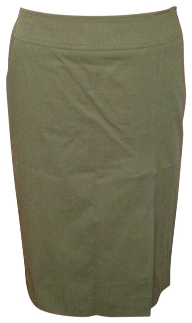 Preload https://img-static.tradesy.com/item/117006/valentino-army-green-knee-length-skirt-size-8-m-29-30-0-0-650-650.jpg