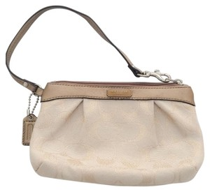 Coach Signature Pleated Wristlet in SV/KHAKI GOLD/GOLD
