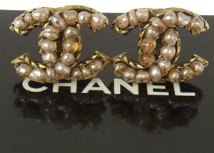 Chanel Authentic CHANEL Vintage CC Logos Imitation Pearl Earrings Clip-On Gold