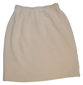 St. John Chevron Knit Pencil Chic Skirt Cream and White