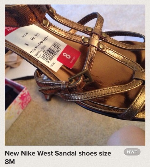 nike west Sandals