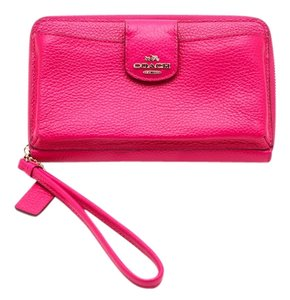 Coach Legacy Fuchsia Pebbled Leather Phone Pocket Wristlet in Hot Pink