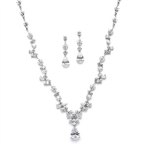 Silver/Rhodium Luxe A A A Crystal Vine Necklace Earrings Jewelry Set