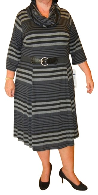 Item - Gray Striped Infinity Scarf Belted Knit Mid-length Work/Office Dress Size 20 (Plus 1x)