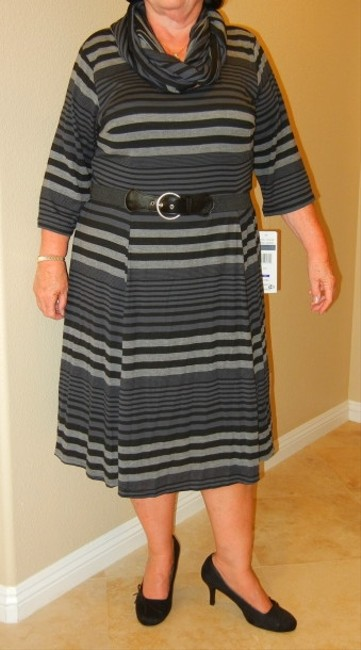 Robbie Bee Plus Size New With Tags Belted Knit Dress Image 4