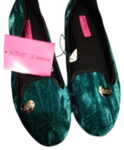 Betsey Johnson Teal and black Flats